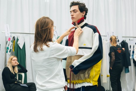 356053_863341_lacoste_aw19_backstage_by_alexandre_faraci45
