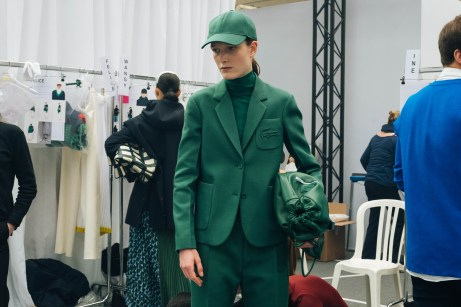 356053_863344_lacoste_aw19_backstage_by_alexandre_faraci40