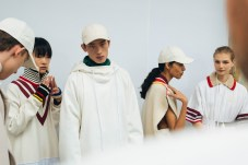 356053_863364_lacoste_aw19_backstage_by_alexandre_faraci75