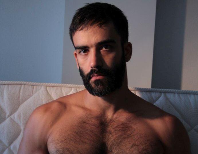 ENSAIO: André Baliera é um excelente servidor público com ótimas fotos privadas 🔞