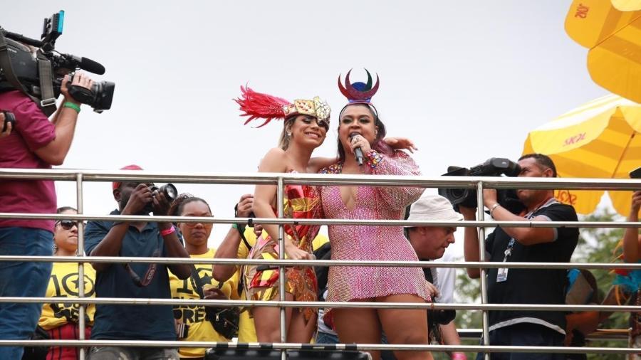 """Cantora Lexa leva golpe de trio e cancela apresentação; Preta Gil se solidariza: """"meu bloco é dela"""""""