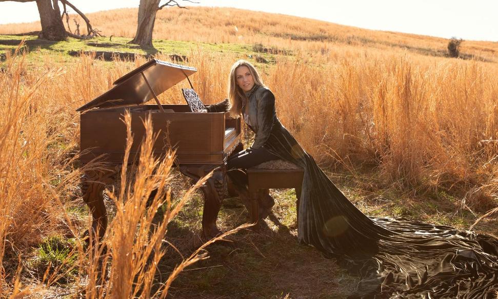 Sheryl Crow regrava hit com parceria póstuma de Johnny Cash
