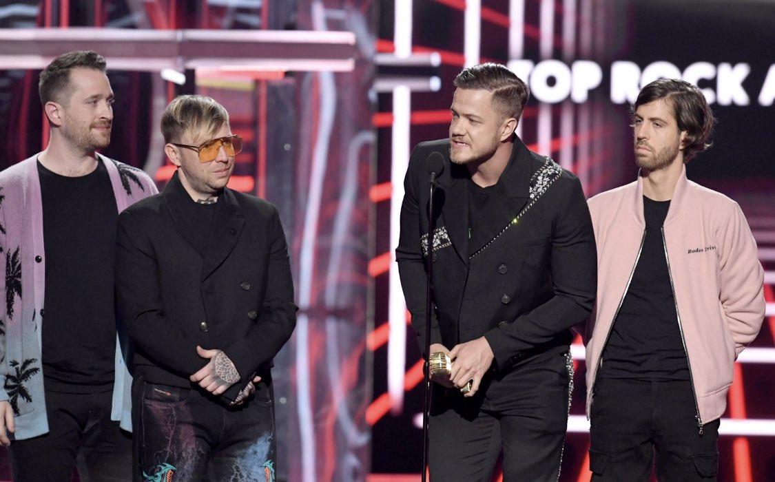 Dan Reynolds usa o tempo da premiação no Billboard Music Awards para militar contra a 'cura gay'