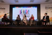 Debate da esq. para dir.: Marina Filippe, de EXAME; Karina Chaves, do Carrefour; Beatriz Sairafi, da Accenture; Simone Beier, da Cargill e Alvaro Garcia, do Grupo Boticário. (Flavio Santana/ Biofoto/EXAME)