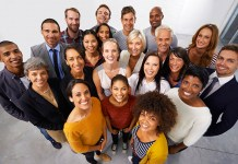 Diversidade e inclusão é um caminho obrigatório ou uma empresa que ainda não está preparada pode adiar ou até mesmo não seguir este caminho