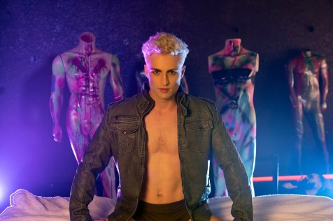 Auggusto Ferré: canceriano com lua em escorpião fala sobre seu poderoso álbum de estreia!