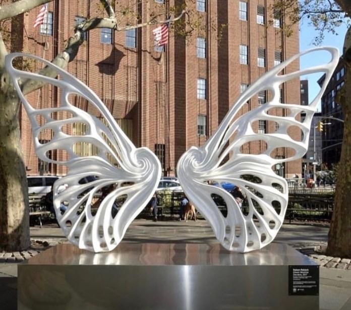 Dandara dos Santos é homenageada com escultura em Nova York