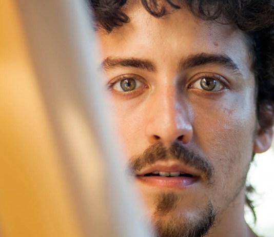 Jesuíta Barbosa não gosta de rotular sua sexualidade (Foto: Reprodução)