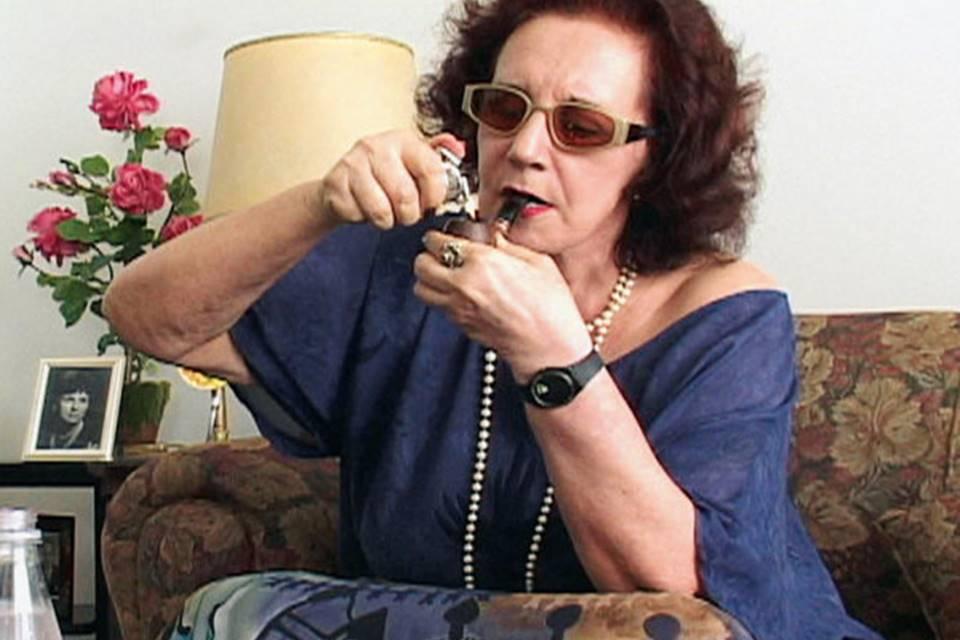 """Morre atriz de """"Tapa na Pantera"""", Maria Alice Vergueiro, aos 85 anos"""