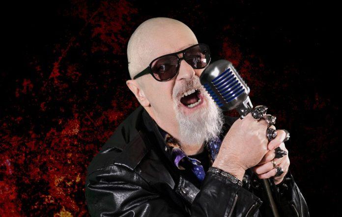 Rob Halford, do Judas Priest, tentou seduzir o vocalista do Iron Maiden