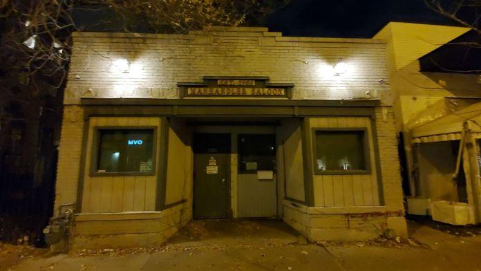 Bar gay tradicional en Chicago cierra debido al covid-19