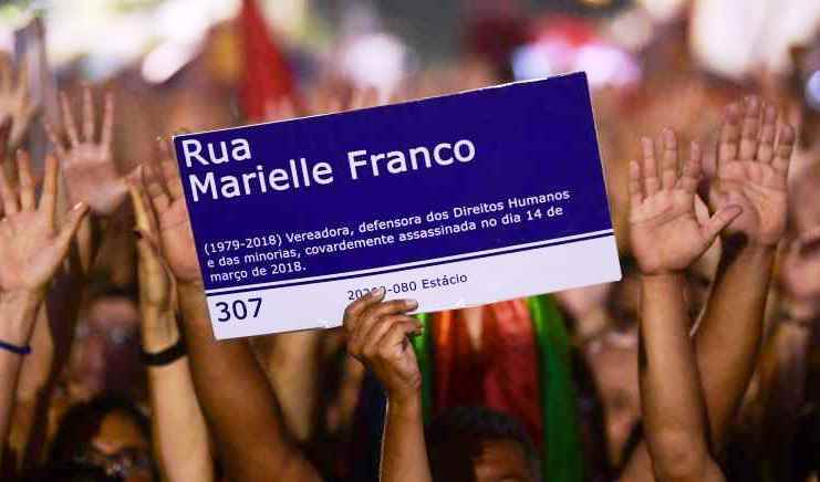 Em Florianópolis, vereadora desarquiva projeto que homenageia Marielle Franco
