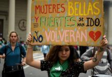 Presidente da Argentina cria Conselho para combater feminicídios e transfobia