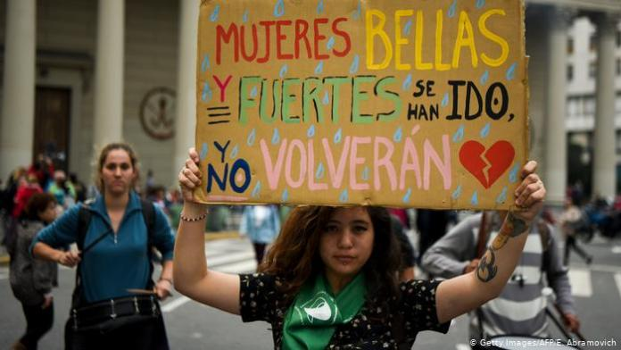 Argentine President creates Council to fight femicides and transphobia