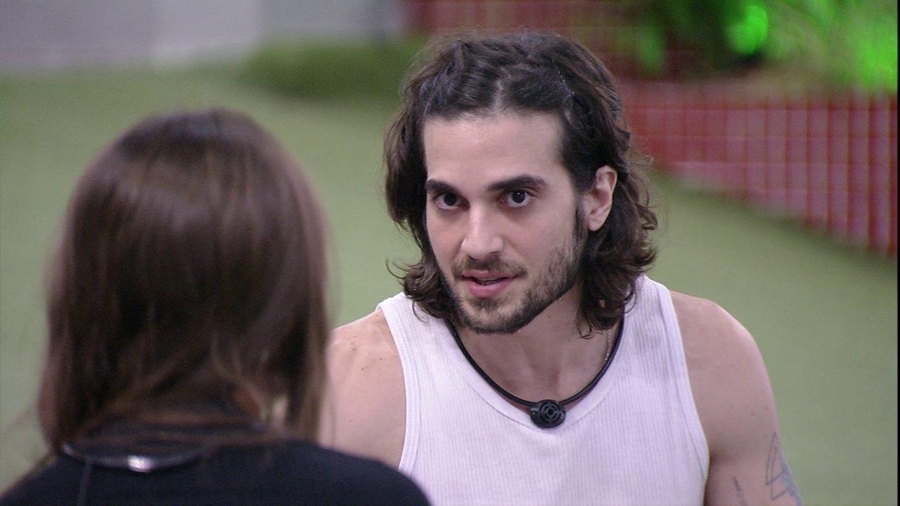Fiuk revela ter beijado Juliano Cazarré; Gil se candidata para beijo triplo
