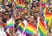 """União Europeia passa a ser uma """"área de liberdade para os LGBTs"""""""