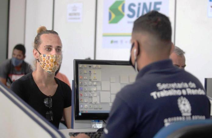 Projeto estadual do RJ se compromete a ajudar trans a chegarem no mercado de trabalho