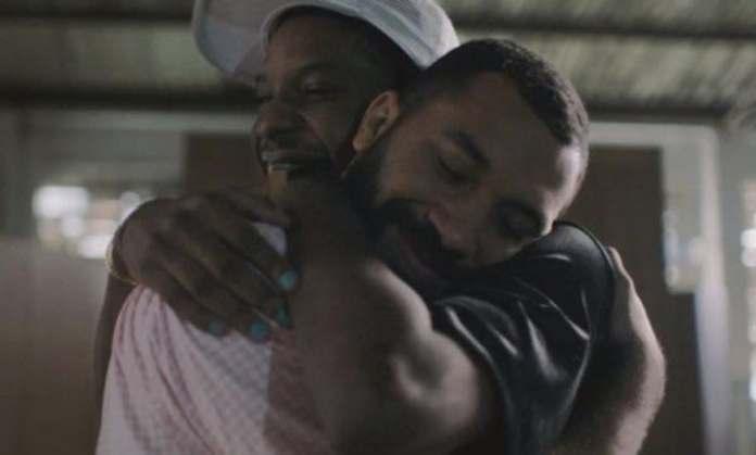 Gil e Lucas estrelam campanha de Dia dos Namorados das Casas Bahia
