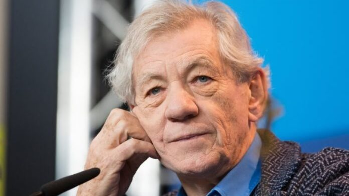 Ian McKellen conta que perdeu um papel no cinema após relevar ser gay
