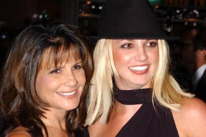 Mãe de Britney Spears se posiciona sobre caso da tutela