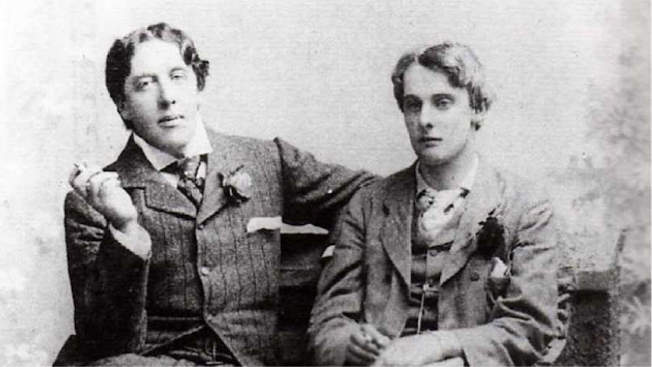 Espetáculo explora relação amorosa de Oscar Wilde com Alfred Douglas