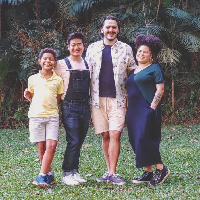 Márcio Toshio Uesugui, Bruno Carramenha e filhos - Reprodução