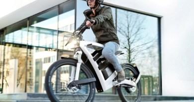 Para acessar a linha de crédito, o cliente deve levar o orçamento das bicicletas elétricas que deseja comprar ao seu gerente na agência.