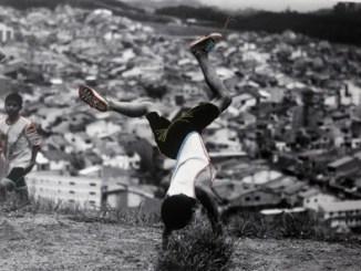 Principal Festival de Fotografia brasileiro chega a sua 13ª edição Os destaques ficam por conta de artistas que ultrapassam com o bidimensional da fotografia.