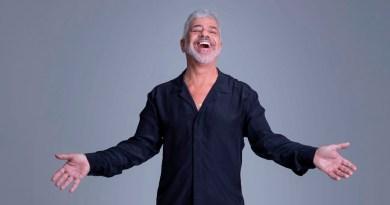 """Lulu Santos estreia show """"Pra Sempre"""" no Espaço das Américas"""