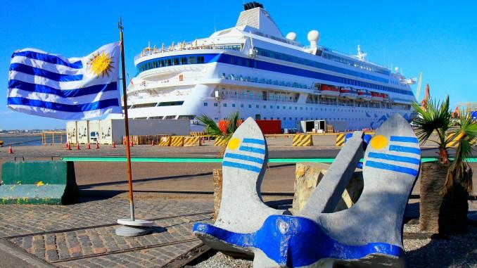 Uruguai é líder em cruzeiros na América Latina Liderança latino-americana do Uruguai é potencializada por premiações, investimentos em portos, crescimento no número de turistas brasileiros e assiduidade das armadoras nas temporadas do vizinho
