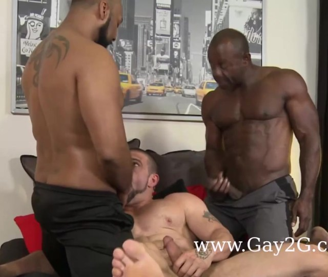 Hot Gayporn Threesome With Black Man At Gayday Tube