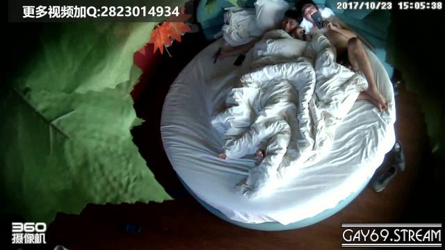 【HD】Hidden Cam – Two Chinese have sex on a round bed_180427
