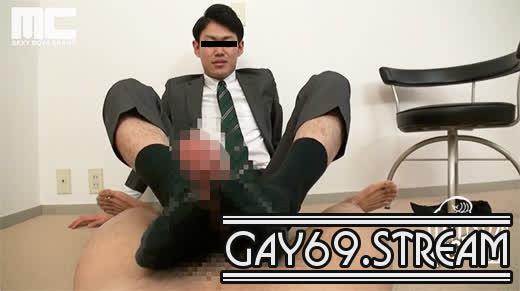 【HD】【MENP-A0095】スーツリーマンの蒸れた靴下で足をしごかれ、優しい言葉で責められる快感を主観映像で臨場感たっぷりに味わえる!