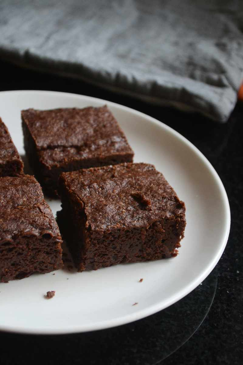 Eggless Cocoa Brownies Recipe Gayathri S Cook Spot