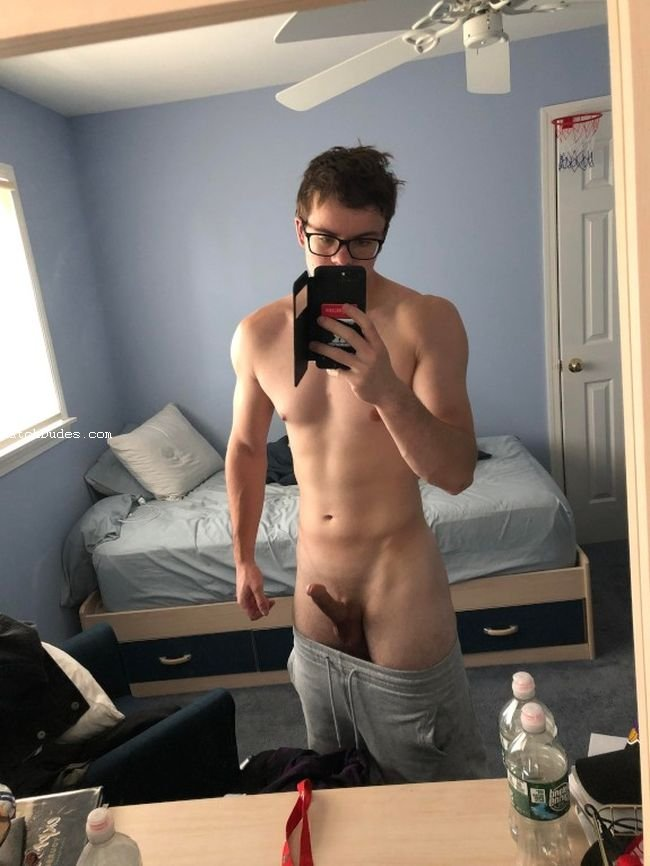 amateur gay porn reddit gay porn & sexstraight here but put me on my knees or bent me oversee my straight cock and give me a like on instagram nude male selfies