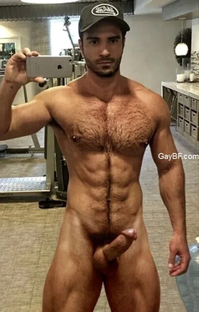 GAY BF XXX Muscle Guy Big Cock Gym Workout & Amateur Naked Boys Selfies Showing Cock