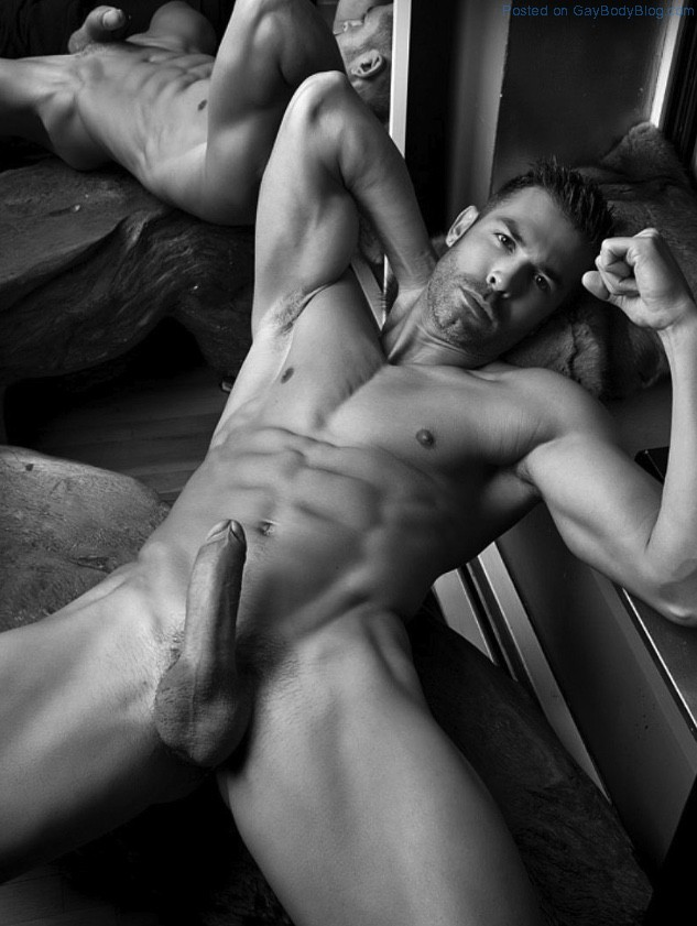 Naked Hot Man 48