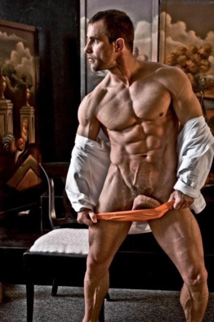 Handsome German Muscle Hunk Alex Westfalen