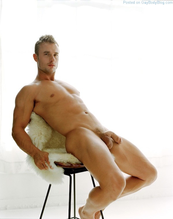 Naked handsome boys