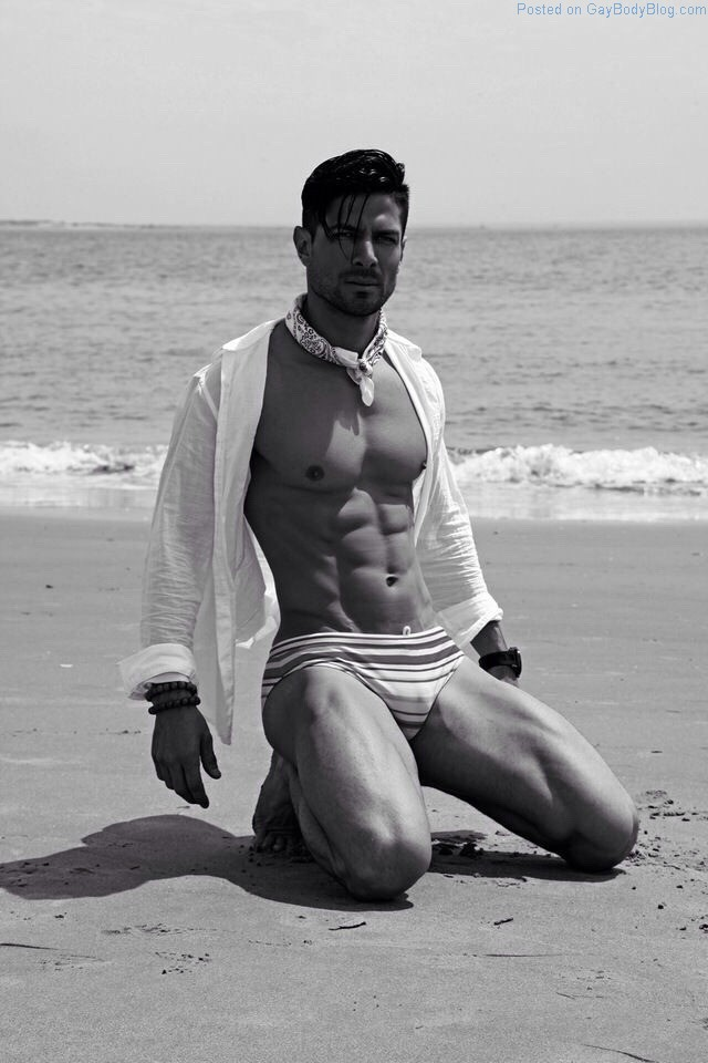 More Of Gorgeous Mexican Hottie Felipe Flores
