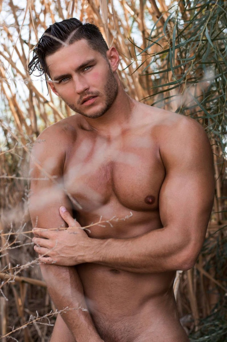 Anatoly Goncharov Naked And Teasing!