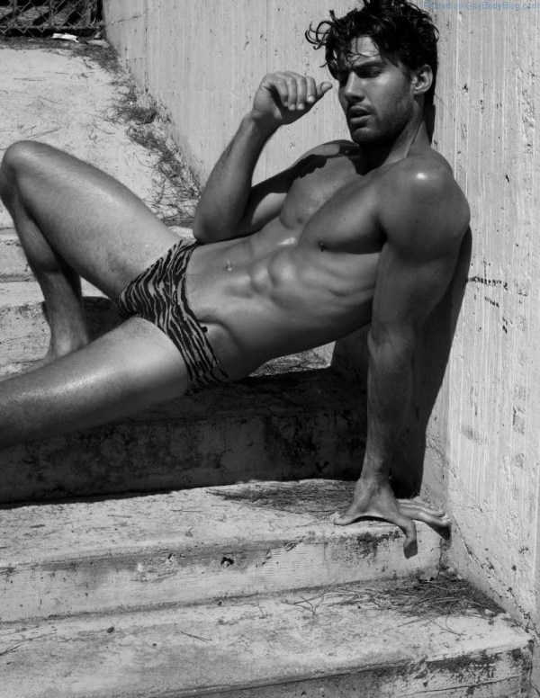 sexy male model Mitchell Wick