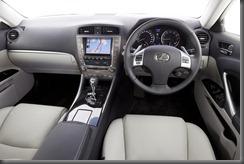 IS 350 Prestige interior