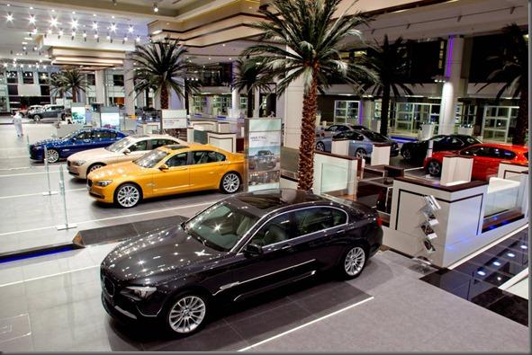 BMW Abu Dhabi (2)