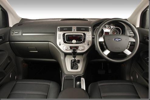 Ford Kuga 2012 (1)