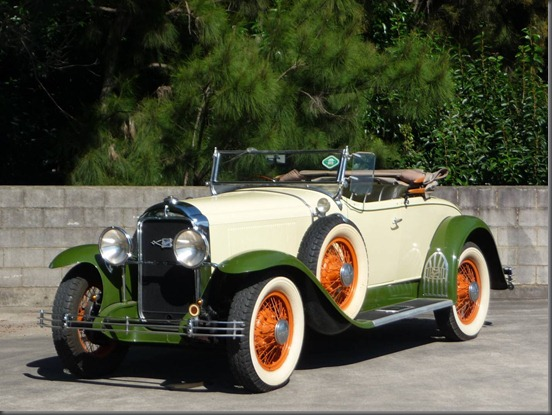 1929 buik 6 wheel equipped roadster