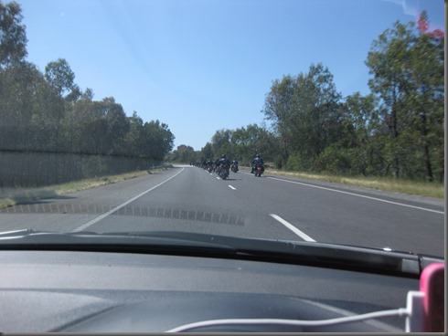 100 Rebels out for a ride Hume HWY (1)