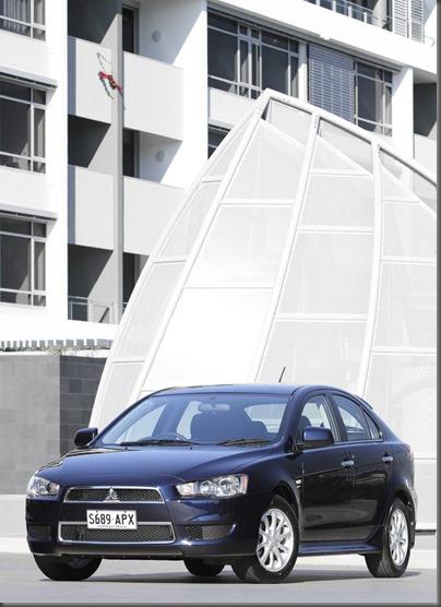 Mitsubishi lancer 2013 (10)