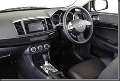 Mitsubishi lancer 2013 (1)