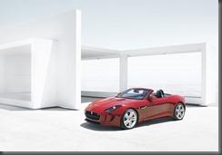 Jaguar F-TYPE_HOUSE_V8_1 (1)